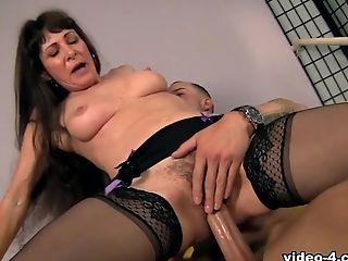 Alexandra Silk, Big Ass, Brunette, MILF, Natural Tits, Stockings,