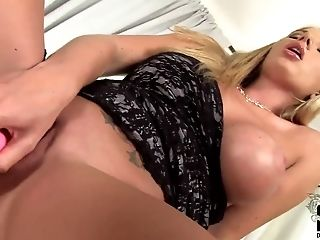 Big Tits, Blonde, Bold, British, Danielle Maye, Dildo, HD, Masturbation, Rubbing, Sex Toys,