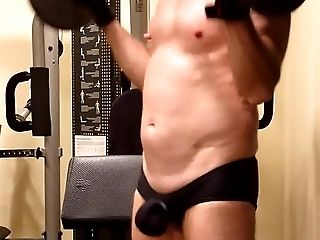 Amateur, Ballbusting, HD, Muscular,